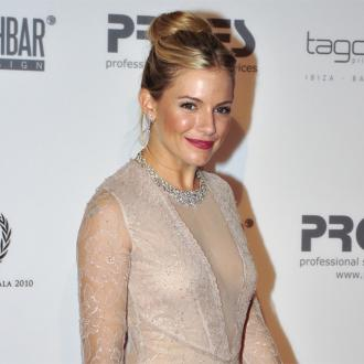 Sienna Miller: Working While Pregnant Was 'Delirious'