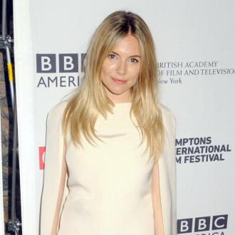 Sienna Miller Prefers French Style