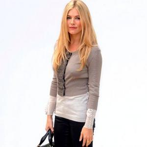 Sienna Miller Attends Burberry Lfw Show