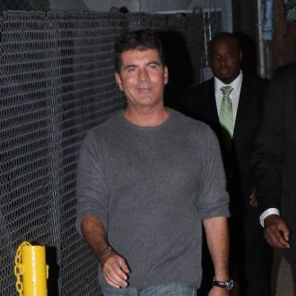 Simon Cowell Willing To Be Beheaded For Freezing