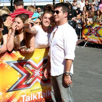 Simon Cowell Won't Put 'Pressure' On One Direction