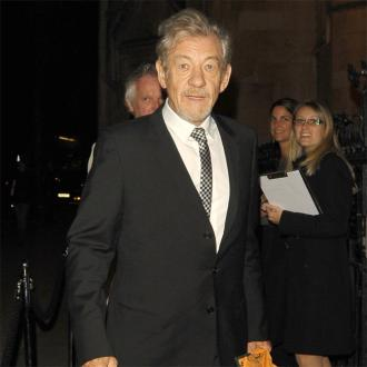 Ian Mckellen Stopped Elijah's Rock On The Hobbit