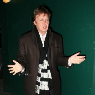 Paul Mccartney Defends Miley Cyrus' Twerking