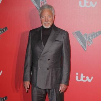 Tom Jones 'just good friends' with Priscilla Presley