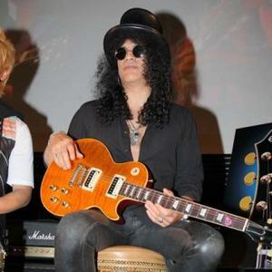 Slash Announces New Album Apocalyptic Love