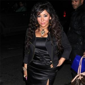 Snooki In Minor Car Accident