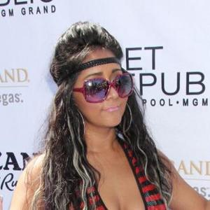 Snooki Blasted By Former Jersey Shore Co-star