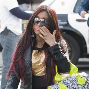 Snooki Shows Off Engagement Ring