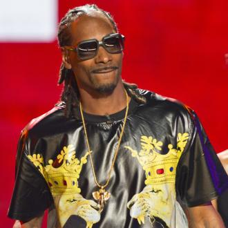 Snoop Dogg to vote for first time ever this year