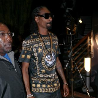 Snoop Dogg Posts And Deletes Homophobic Slur
