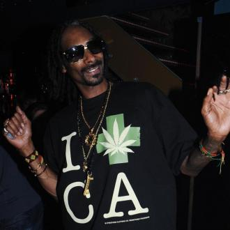 Snoop Dogg Planning Vegas Trip For Beckham's 40th