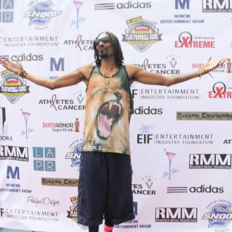Snoop Dogg Changes Name To Snoopzilla
