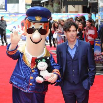 Stephen Mangan: Pat is cooler than Bond