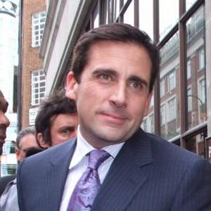 Steve Carell Lends A Hand In Pizza Restaurant