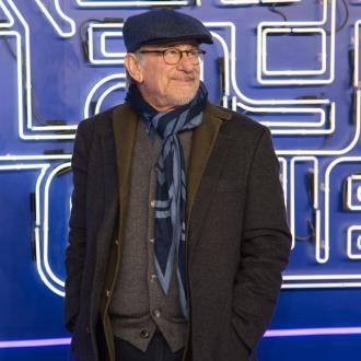 Steven Spielberg pays tribute to Kirk Douglas