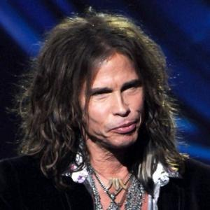 Steven Tyler Admits Trying Gay Sex