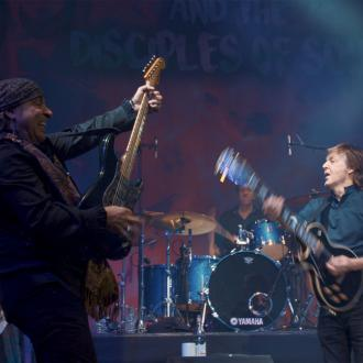 Paul McCartney rocks out with Steven Van Zandt in London