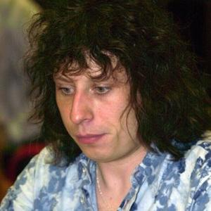 Stuart Cable Surprised To Reach 40