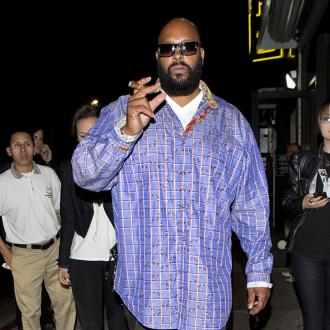 Suge Knight Makes Bid For Bail