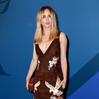 Suki Waterhouse doesn't 'define' herself as a model
