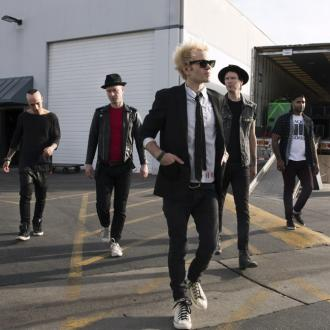 Deryck Whibley's goal in hospital was to perform live again