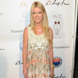 Tara Reid Has Outburst In La Shop