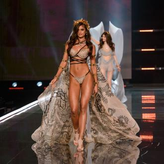 Taylor Hill Is 'Still Shaking' After The 2017 Vs Fashion Show