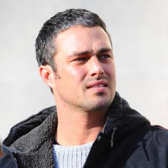 Taylor Kinney In Talks For The Other Woman