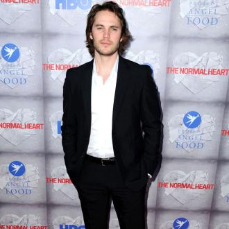 Taylor Kitsch Slept On Nyc Subway While Homeless