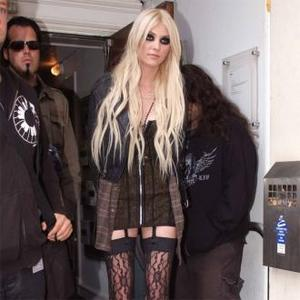 Taylor Momsen Inspired By Nirvana