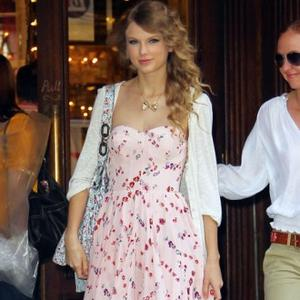 Taylor Swift Worries About Her Relationships