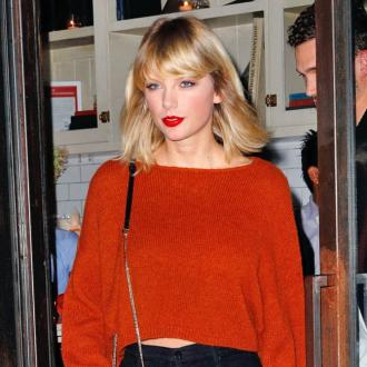 Taylor Swift calls for lawsuit redaction