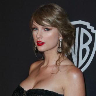 Taylor Swift to receive iHeartRadio award