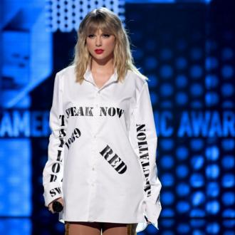 Taylor Swift didn't find cameras 'intrusive' in the studio