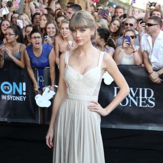 Taylor Swift Grateful For Close Friends