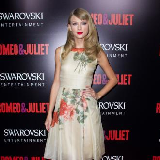 Taylor Swift Cast In The Giver
