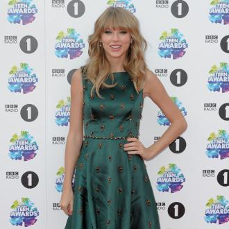 Taylor Swift Pens Tracks For Next Album