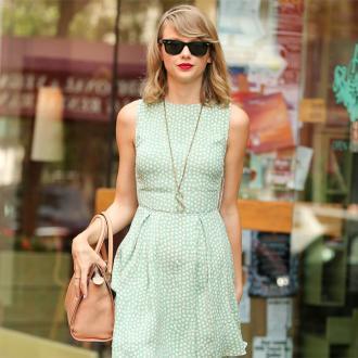 Taylor Swift Woke Up Single