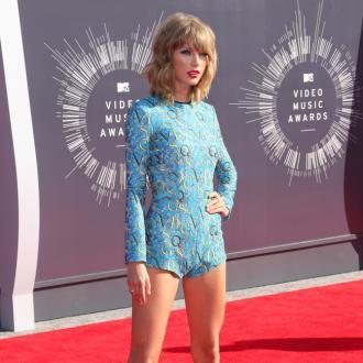 'Heartbroken' Taylor Swift