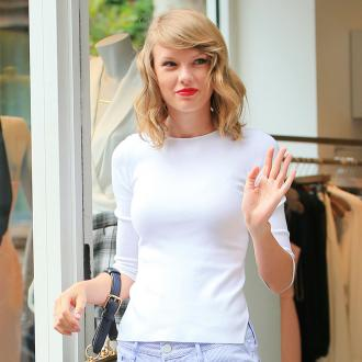 Taylor Swift Reveals Thanksgiving Plans