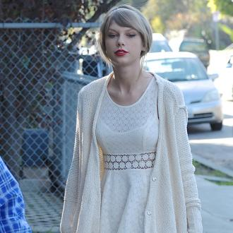 Taylor Swift: Sam Smith Looks Great