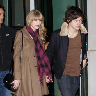 Harry Styles Buying Ring For Taylor