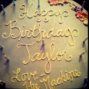 Taylor Swift Gets Birthday Cake From Label