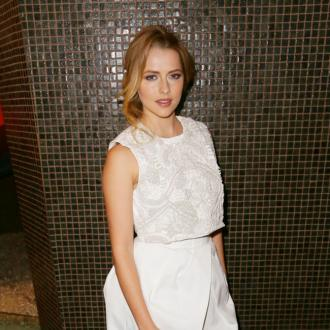 Teresa Palmer Gives Birth To Boy