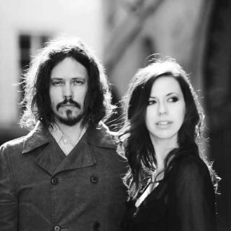 The Civil Wars Scared By Karaoke