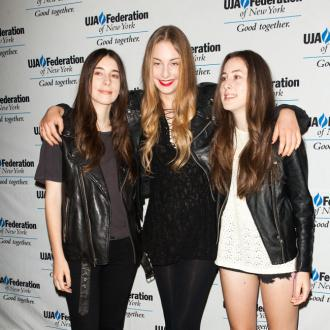 Haim Get Tips From Julian Casablancas