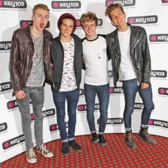 The Vamps find dating hard