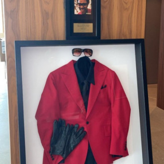 The Weeknd hangs up his red suit at 2021 Billboard Music Awards