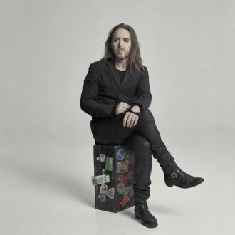 Tim Minchin announces debut album Apart Together