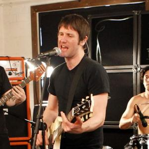 Tim Wheeler Plans 'Fun' Pixies Set